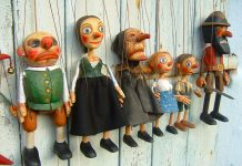 Marionette puppets and weird souvenirs